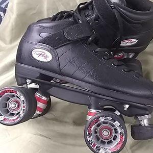 size 6 Riedell r3 derby skates